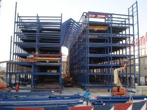 Robotic Parking Systems - Installing Vertical Lifts and Hoist